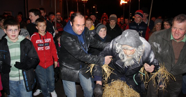 A Unique Irish New Year Tradition – Old Year Celebrations in Portmagee, County Kerry.