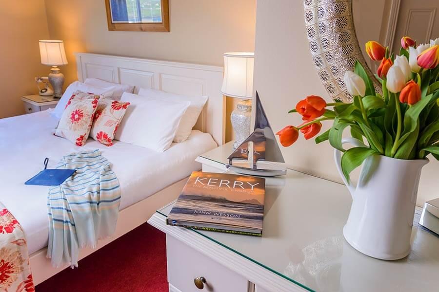 The Moorings deluxe bedroom